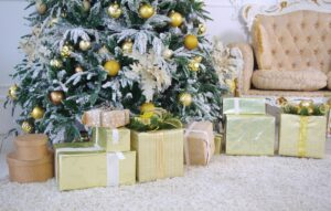 luxuriously decorated gold Christmas tree Christmas tree,